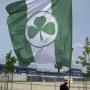 fuerth_schwenkfahne_big_flag_banner_transparent_drapeau_grande_supporters_fan_fanartikel_herstellung